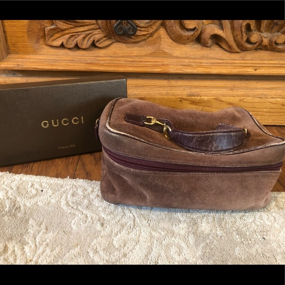 Auth GUCCI vintage brown suede cosmetic case bag